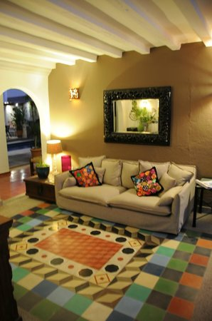 Villa Mercedes Petit Hotel: Lobby