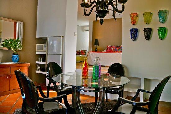 Villa Mercedes Petit Hotel: The room