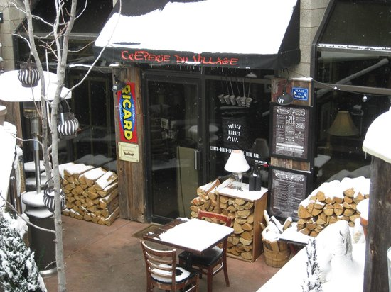 French Alpine Bistro - Creperie du Village: the facade