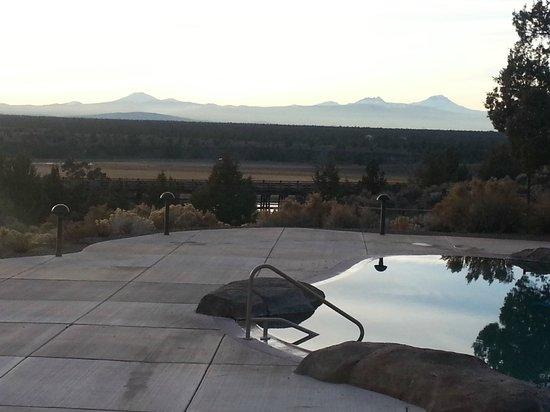 Brasada Ranch: Outdoor pool area.