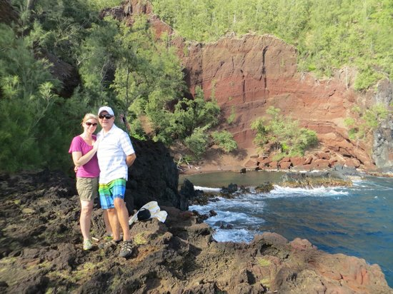 Paia, HI: Red Sand Beach