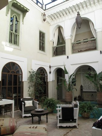 Palacio de las Especias: Courtyard