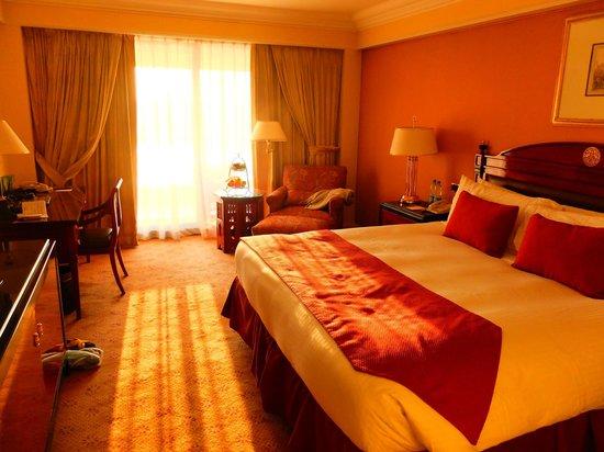 InterContinental Cairo Semiramis: Nile view room
