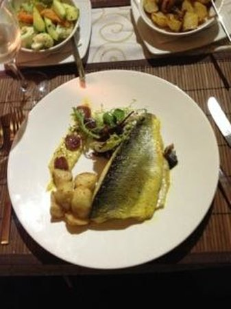 Michael's at the Civil Service Sports Club: Lightly curried fillets of sea bass - highly reccommended