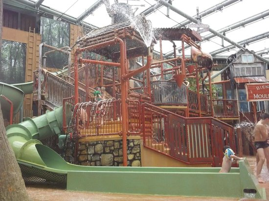 Center Parcs Le Lac d'Ailette : children's play area in aqua mundo
