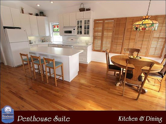 The Beachouse: Penthouse Kitchen & Dining Area