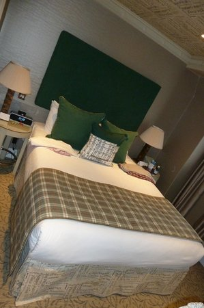 Flemings Mayfair: small double room