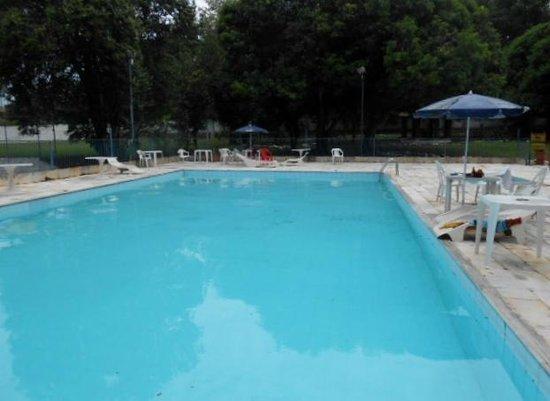 Royal Iguassu Hotel: piscina horas de lazer e para refrescar do aclor