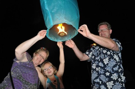 Rondel Village: New Year's Eve Sky Lanterns on the Beach