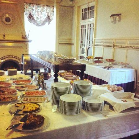 Grande Hotel de Paris : Breakfast
