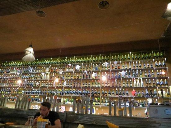 Open Baladin : Esposizione birre