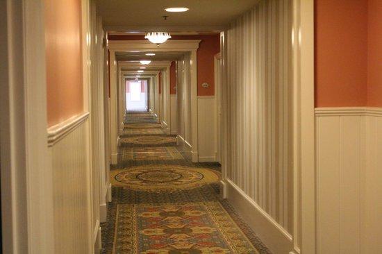 Disney's BoardWalk Inn : Hallway on 3rd Floor