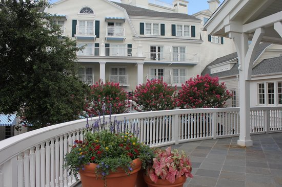 Disney's BoardWalk Inn : View of room from main patio (near lobby)