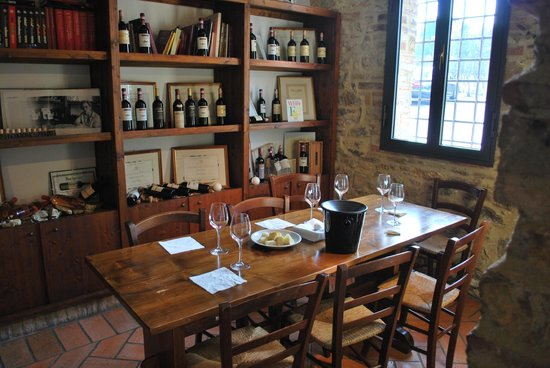 romelimousineplus.com Private Tours : Casa Emma tasting room