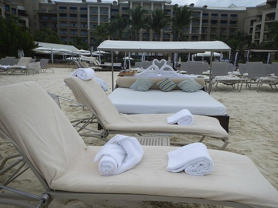 The Ritz-Carlton, Grand Cayman: The towel swans for our lounger
