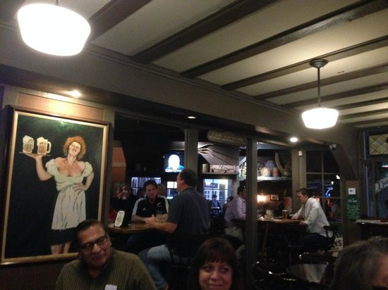 Durty Nelly's Irish Pub & Restaurant: Great relaxed atmosphere!