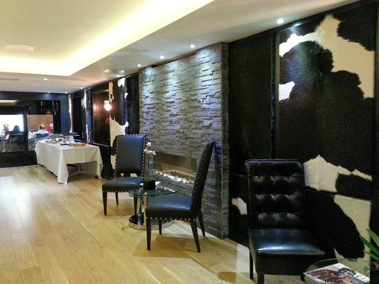 Mercure London Greenwich: lounge