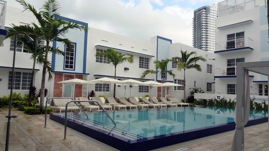 Pestana South Beach Art Deco Hotel: Piscina