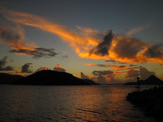 Fish 'n Lime Inn: Sunset at Fish and Lime