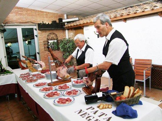 Hotel Montearagon: Cortadores de jamón
