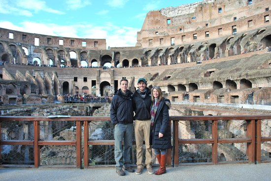Through Eternity Cultural Association: On the recreated platform over the Colosseum