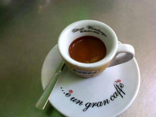 Habiba cafè : senza dubbio è il miglior caffè di Andria