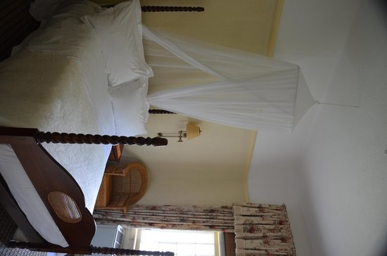 The Victoria Falls Hotel: My Room