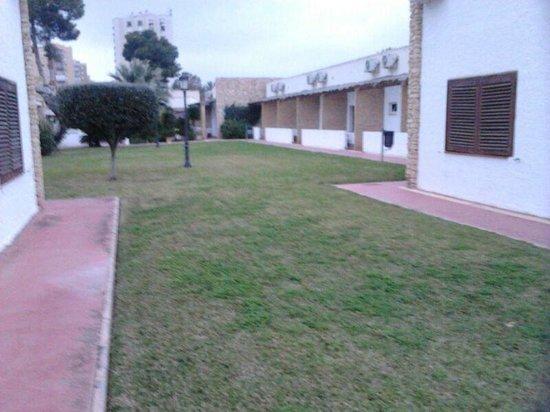 Hotel Montepiedra: PARTE TRASERA HABITACION