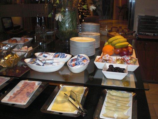 Tryp Ciudad de Alicante Hotel : Veel keuze aan het ontbijt