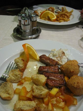 Horvath Etterem: duck and turkey dishes... yummy!