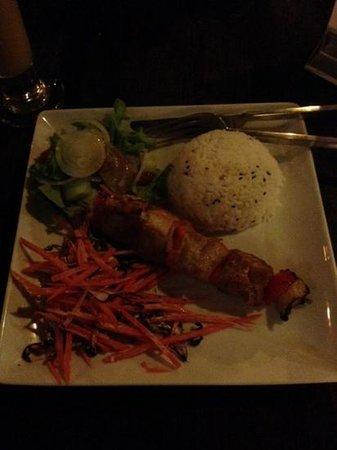 Luna Lounge Thong Nai Pan Noi : roast pork
