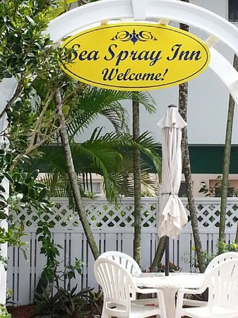 Sea Spray Inn: IT WILL BE OUR PLEASURE TO WELCOME YOU!