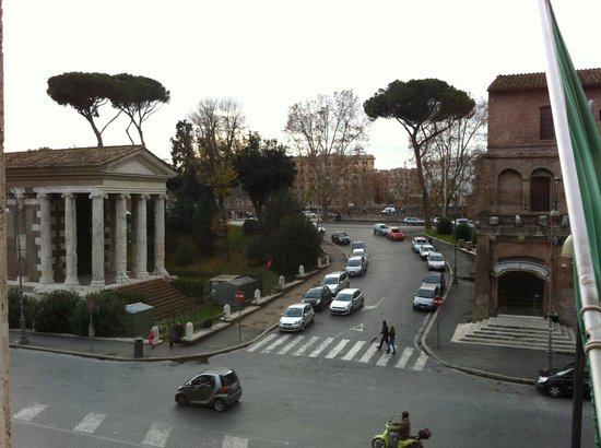 Fortyseven Hotel Rome: The view from my room on the second floor