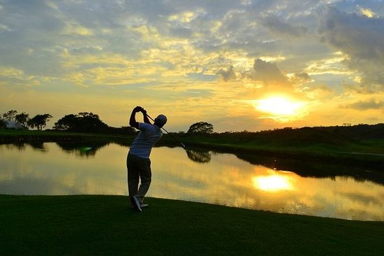 San Juan Sacatepequez, Guatemala : Afternoon at Fuego Maya Golf Course