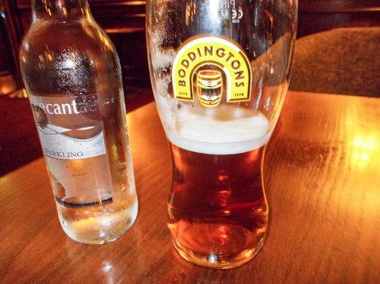 Holiday Inn London Kensington Forum: A melhor cerveja de Londres achei no Pub do Hotel