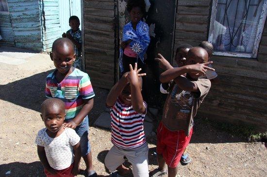 Laura's Township Tours: Kinder, die Laura betreut