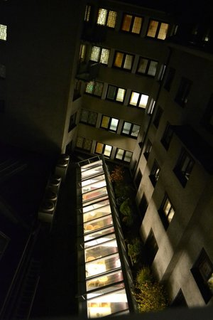 Hotel Innsbruck : Вид из номера