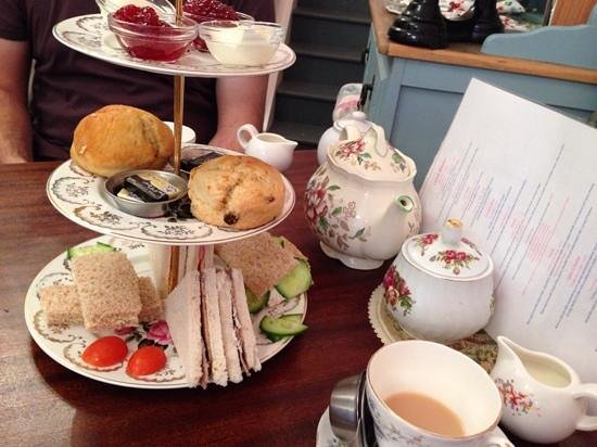 The Little Underbank Tearoom: afternoon tea