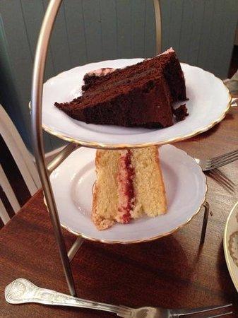 The Little Underbank Tearoom: cakes!