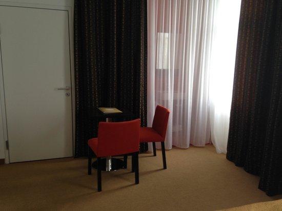 Alma Boutique-Hotel: zona salottino della stanza 63.