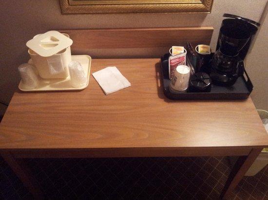 Quality Inn & Suites: Free coffee