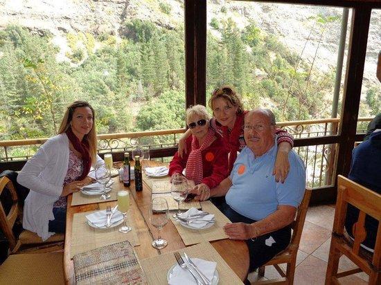 Cascada de las Animas: comida maravilhosa, com uma vista espetacular!