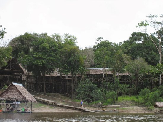 Amazonia Expeditions' Tahuayo Lodge: View of the lodge from the river.