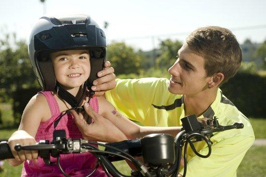 Kiddi-Car: Hilfestellung vor und während der Fahrt