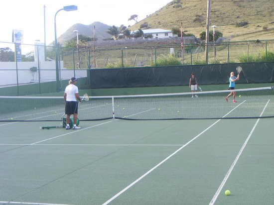 American Tennis Academy : Tennis with Oliver