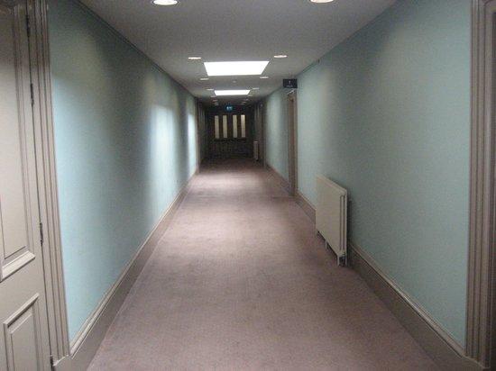 Ulster Hall: Upstairs corridor