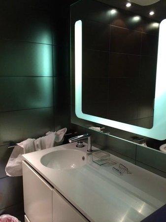 Hotel Aurora: ванна