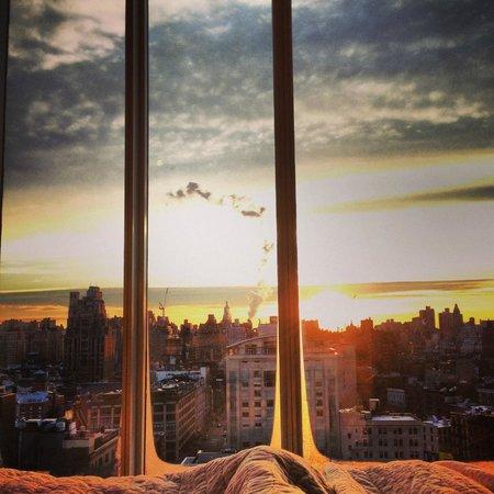 The Standard, High Line : vue du lit