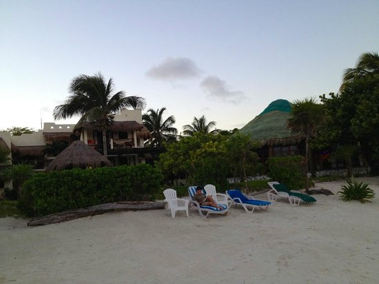 Hotel Tierra Maya: View from dock