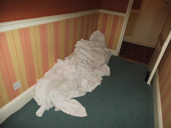 Royal Hotel Scarborough: This was outside our room when we arrived.